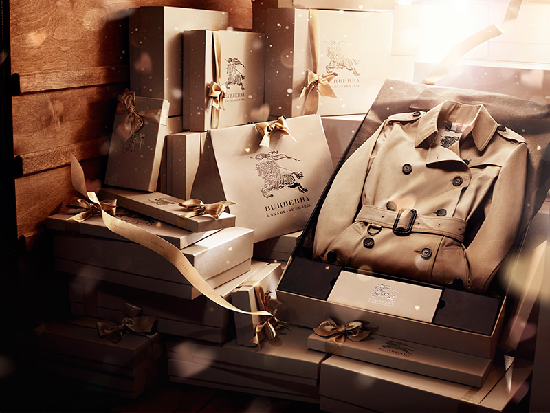 Burberry-With-Love-Creative-Still-Lif_022